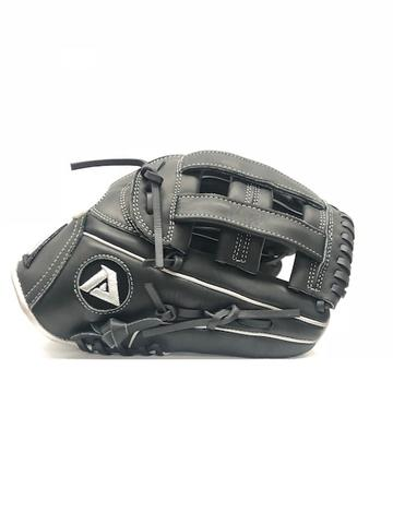 AMO 102 Akadema's baseball gloves uses torino leather